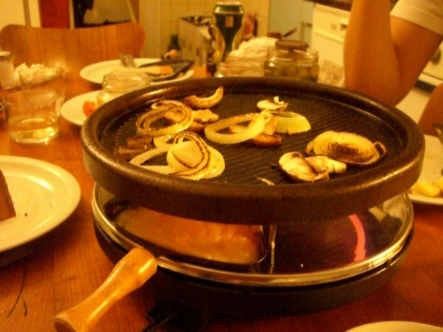 raclette...cheese on the bottom